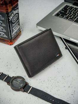 Čierna pánska kožená peňaženka 3077