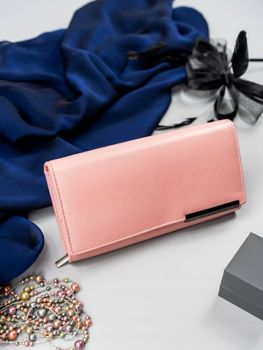 Lososová dámska kožená peňaženka 2687