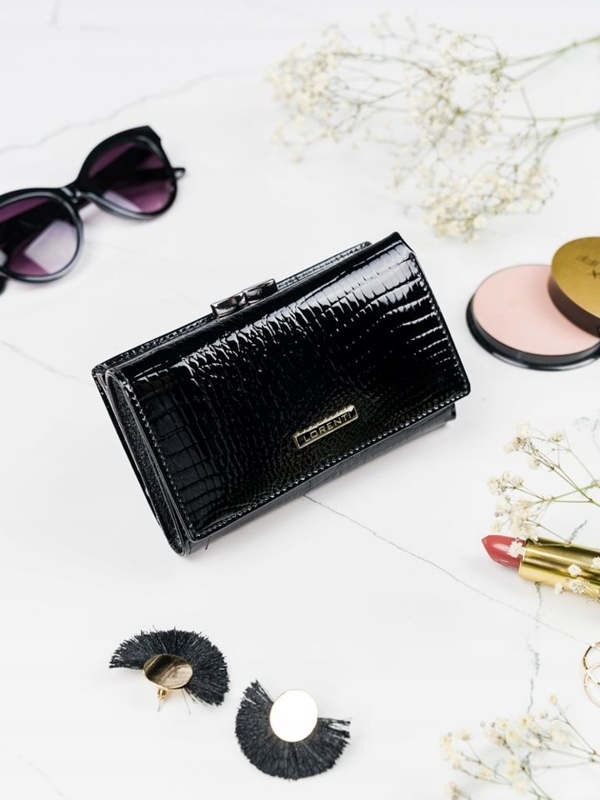 Čierna dámska kožená peňaženka 2108
